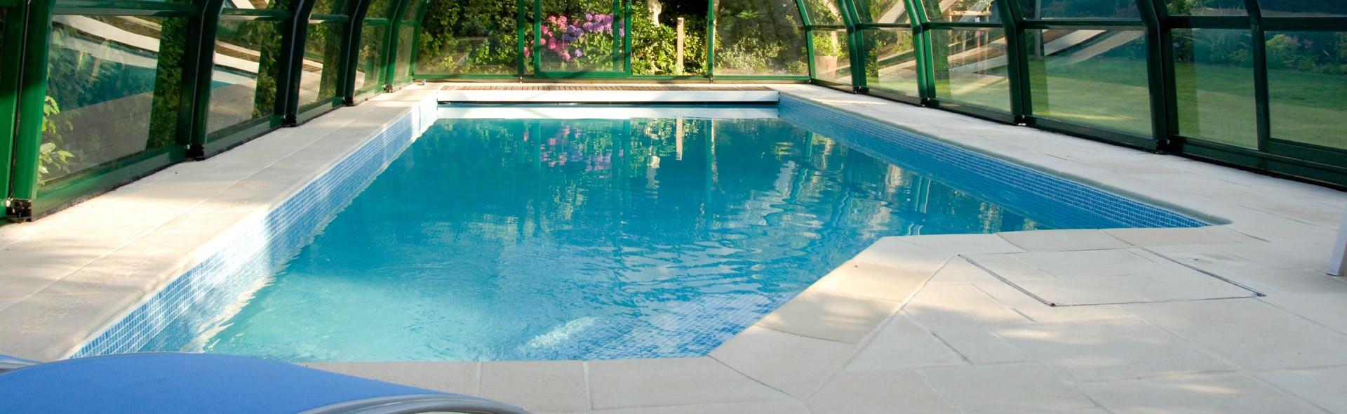 Abri pour les piscines